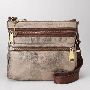 "Fossil | ""Explorer"" Metallic Cross-Body Bag 🤩"